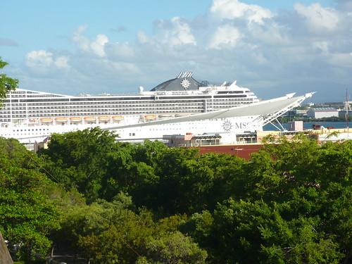 Cruise ship seen from Capilla de Cristo, OSJ