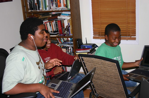 Computer Literacy - Software - Khalif, TD and Jacal Laugh at Their Images