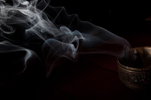 Image of Smoke but also featuring its origin container