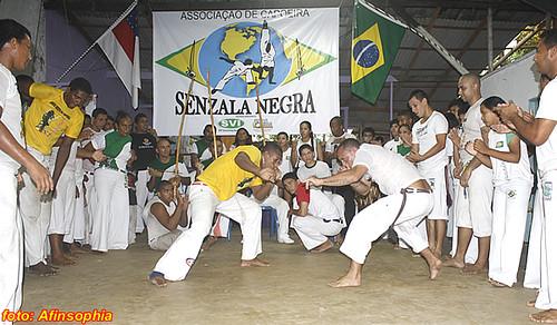 Capoeira Senzala Negra 50 por você.