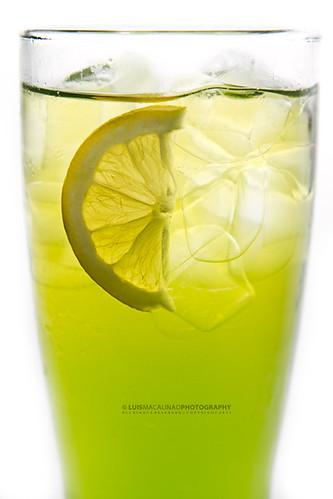 5790214640 aa754da336 Children defy police in Washington, purchase lemonade at Capitol