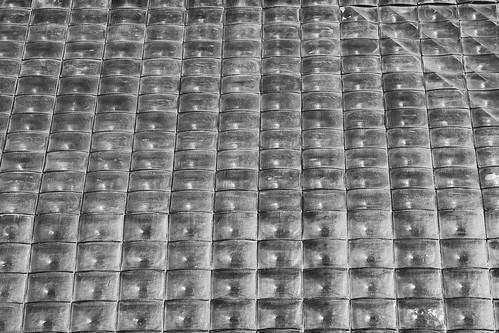 Bubble-wrap building