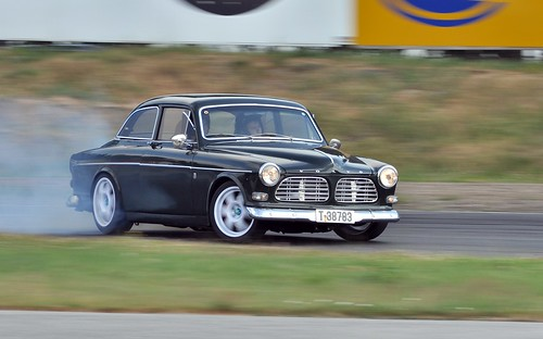 Volvo Amazon Powerdrift by GT323.