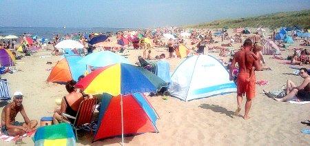 drukte op het strand