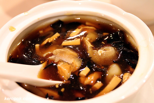 Braised Sharks Fin Sichuan Style