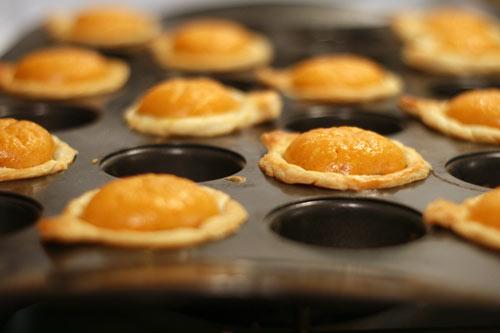 Puffed Pumpkin Pies