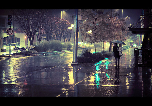 Anime Girl With Umbrellas In Rain Wallpaper Photos Amp Video Taken In Seattle On Flickr
