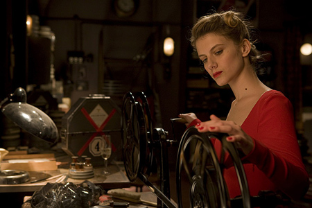 inglourious-basterds-review-3