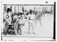 Mexico - troops in Calle de Revilladigego [i.e...