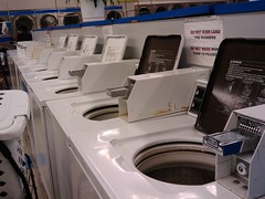 I was ecstatic to see that on an early Saturday evening, Lucys was practically empty, and I didnt have to wait for a washer.