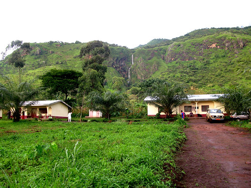 Guest houses in Babessi