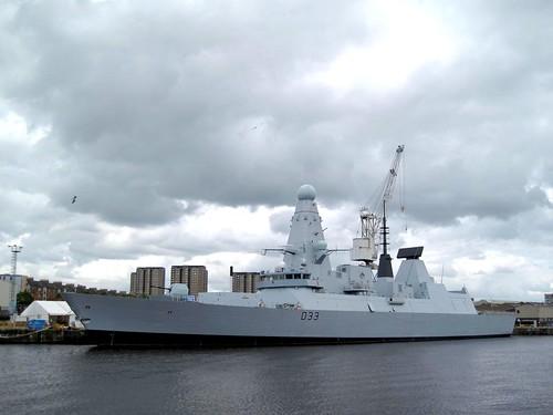 Die Royal Navy investiert ...