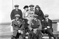 Motion picture actors and actresses (1916)