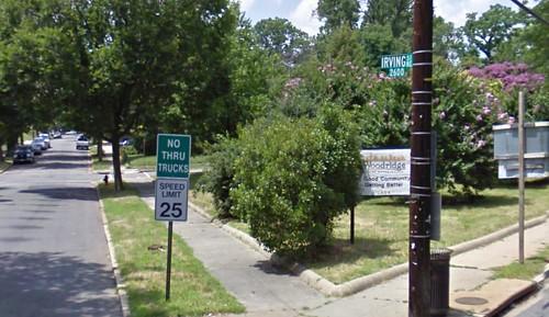 Woodridge community sign