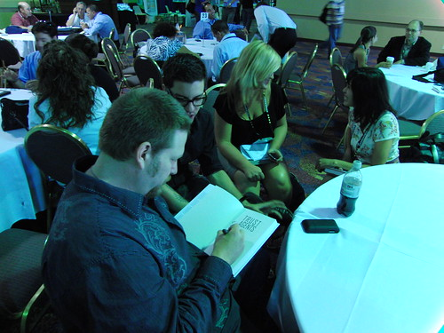 Chris Brogan and Julien Smith sign copies of Trust Agents at Affiliate Summit East 2009