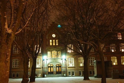 Västra Skolan in winter