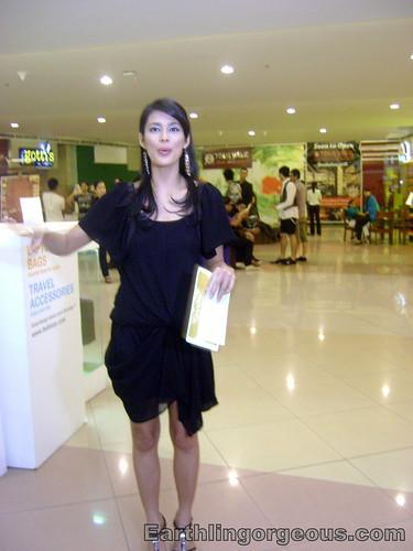 Angel Aquino guiding the Mega Atrium media tour