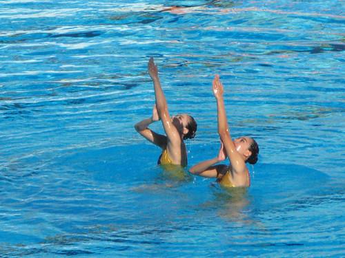 721陸嘉敏及黃靜瑜出戰花泳雙人技術自選