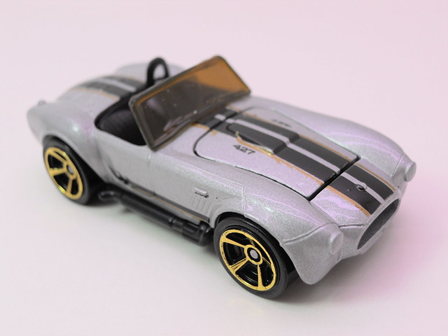 hot wheels shelby cobra sc 427 silver (3)