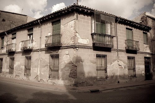 Casa abandonada junto al Colegio de Málaga (II)