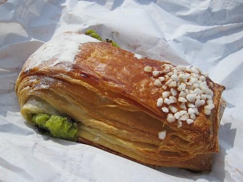 Pistachio croissant