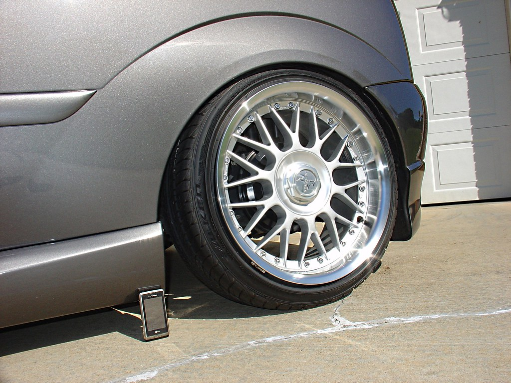 hight resolution of  turned the camber all the way in