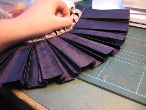 manipulation fabric - pleats