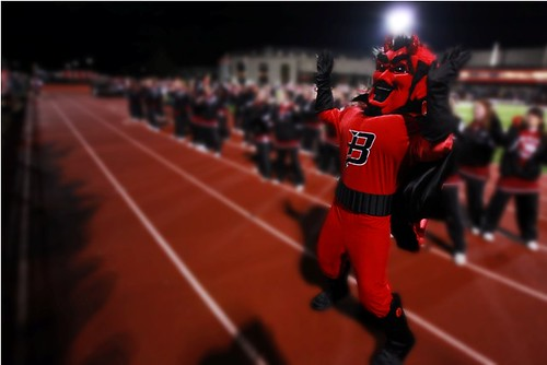 rowdy the red devil and homecoming m2 photography blog