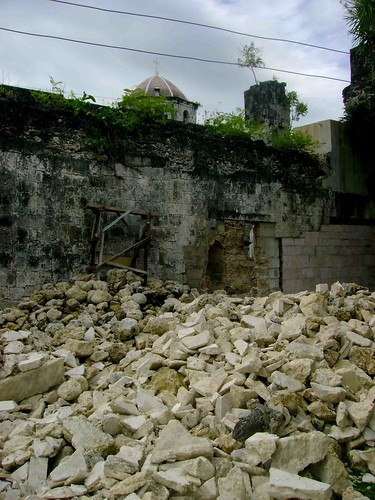 These stones from the convento should be collected and reused in its reconstruction