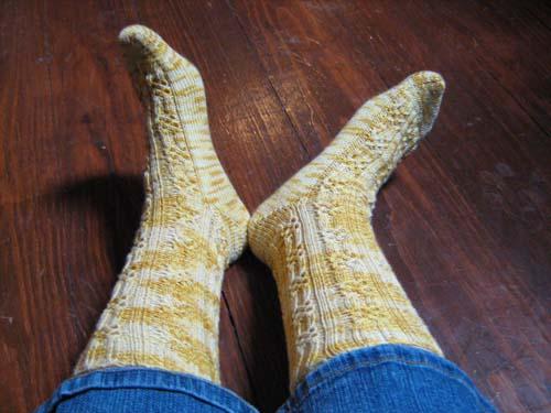 knotty sock FO