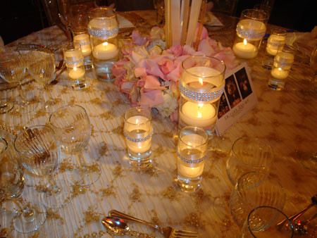 pink and gold/champagne tablesetting