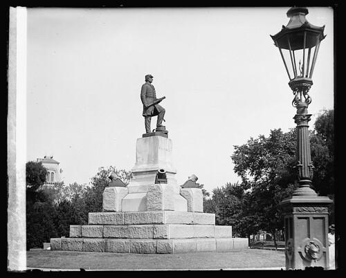 Farragut Square ca. 1910