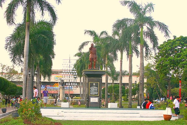 The repainted statue of General Paulino Santos. More improvements will be made soon.