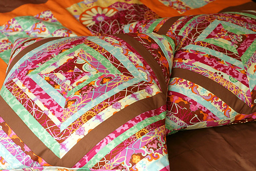 Strippy pillowcases