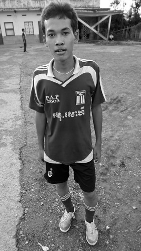 A Cambodian youth with a Greek football top. Some things are still a mystery to me...