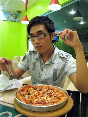 RobbeyPizza0039
