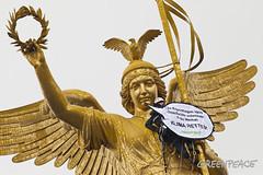 Klima Retten Banner an der Siegessäule in Berlin