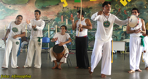 Capoeira Oxalá 24 por você.