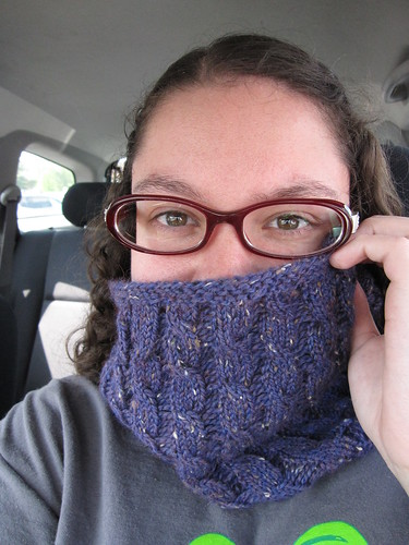 Bellona Cowl, up