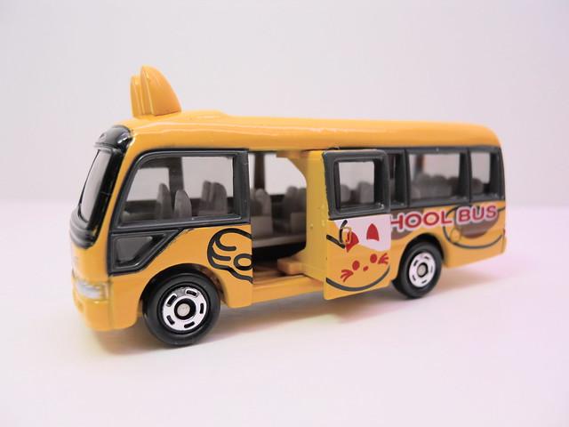 tomica tomy toyota coaster school bus (3)