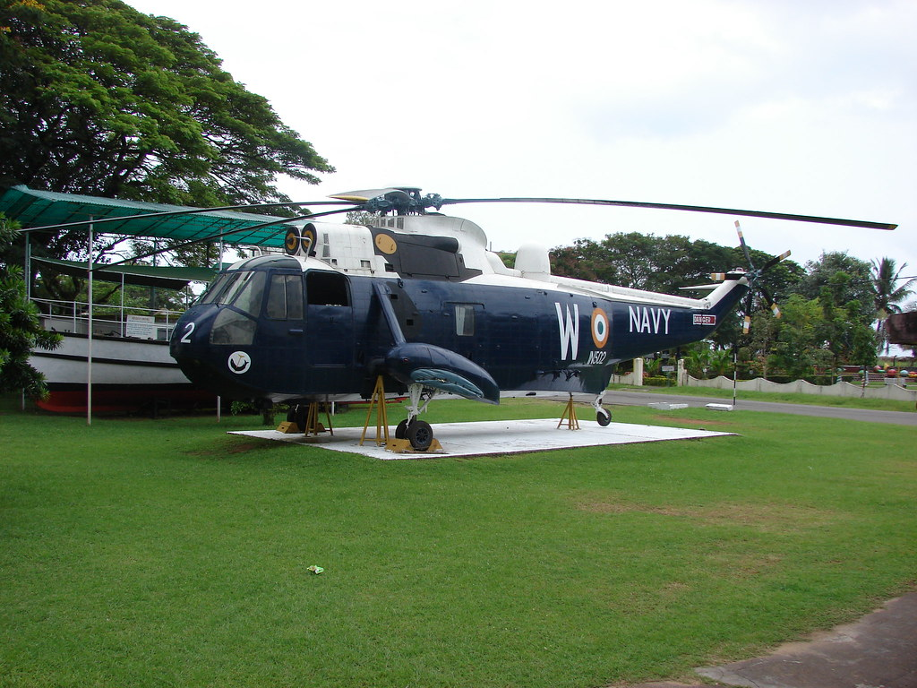 Helicopter used by INS Dronacharya