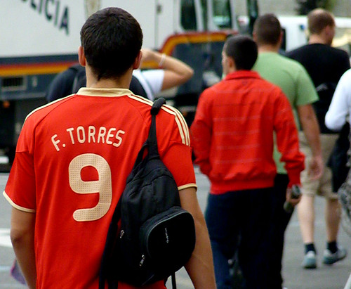 Atleti fan with Torres 9 on a Spain jersey