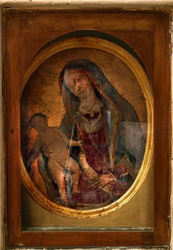 Madonna col bambino ferita