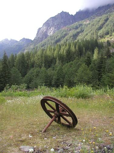 Rusty Wheel - Monte Cristo townsite
