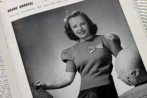 Beehive-Knits-1942-B