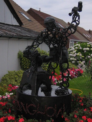 Stanghow Sculpture