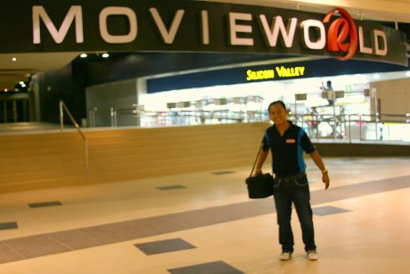 Bariles FAN Ernan at the entrance of the soon-to-open-on-October-15th Movieworld leading to its four cinemas.