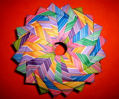 Woven Wreath with pictoral instructions