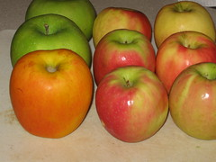 4 pounds of apples