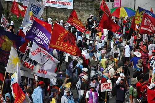 Lakbayan 2009 marchers at Mendiola, Manila (Photo by Jack Stephens)